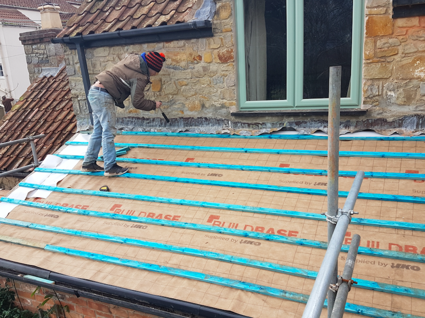 K&A'S MAINTENANCE Roofing