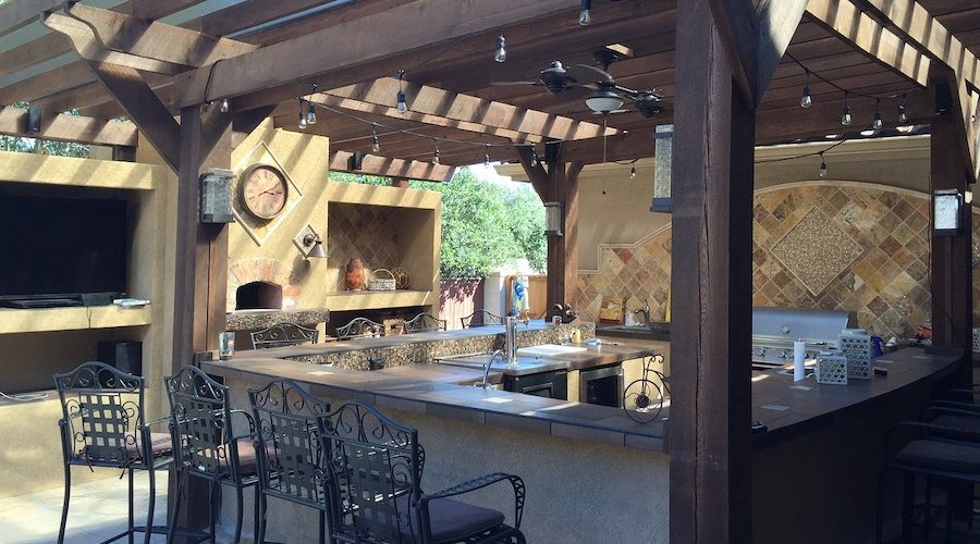 How to create an outdoor kitchen?